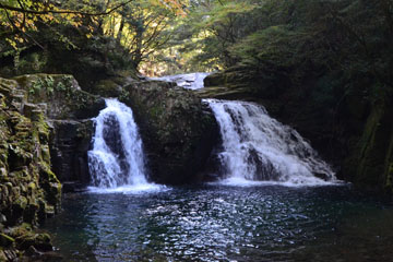 the Akame Shijuhachi Taki (Akame 48 Waterfalls)